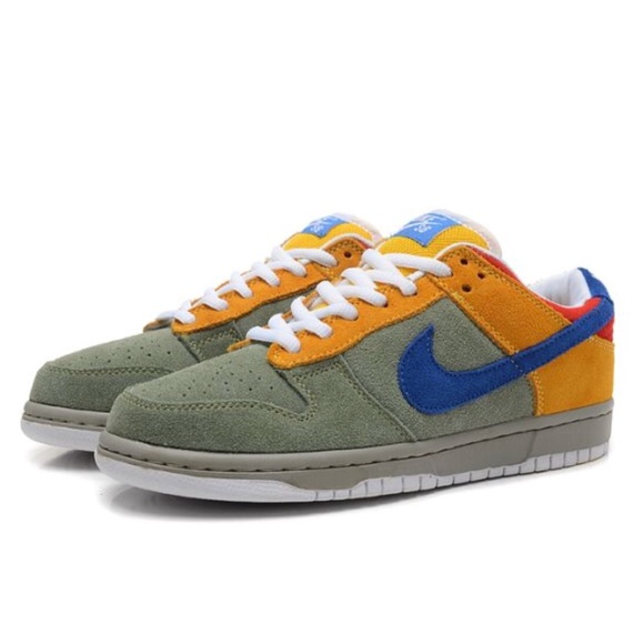 separation shoes f8a7b 35662 Nike Dunk Low Premium SB - Puff N Stuff Edition. M5a9c5a373b1608606aa20537